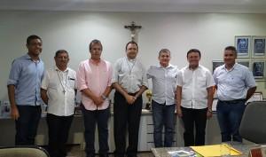 Prefeito recebe padres para apresentar o Alegria & Louvor 2016