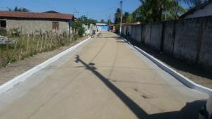 Prefeitura entrega nova pavimentação das ruas do Olho D'água