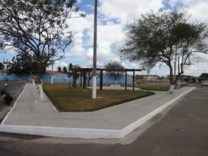 Prefeitura entrega Espaço de Convivência Ambiental do Conjunto Timbó
