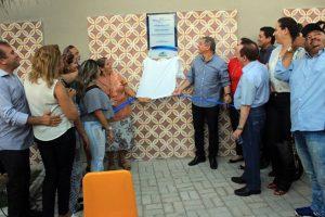 Prefeito Firmo Camurça entrega novas praças no Piratininga e Boa Vista