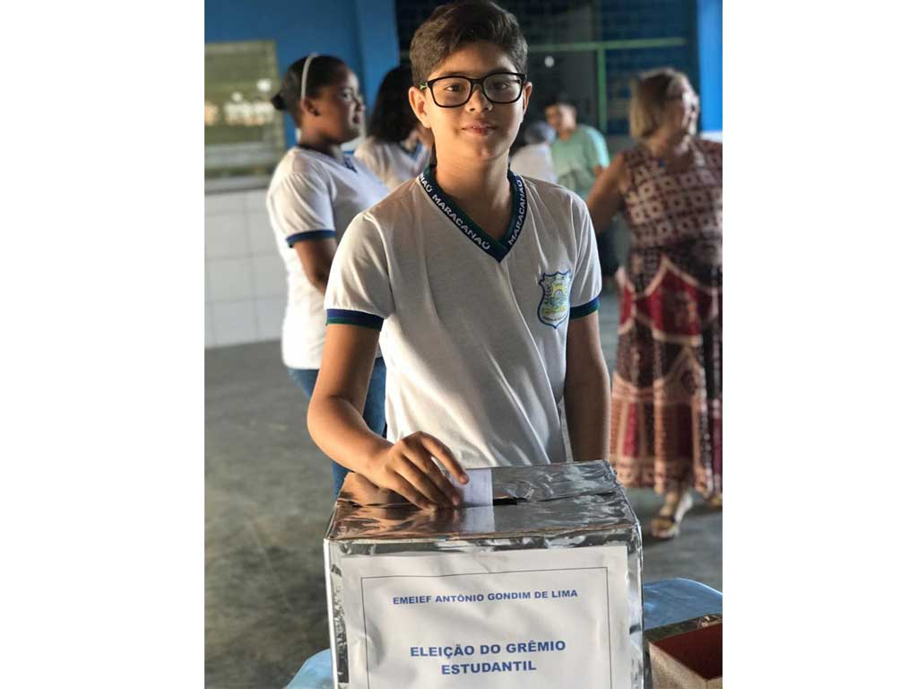 Escolas municipais realizam eleição para o Grêmio Estudantil