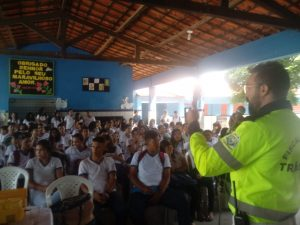 Demutran realiza atividades de educação no trânsito nas escolas municipais