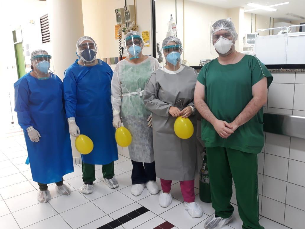 Campanha Cuida Maracanaú: Federação das Indústrias do Ceará – FIEC doa 250 protetores faciais de acrílico para profissionais do Hospital Municipal e Hospital da Mulher da Criança