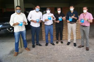 Coronavírus: Delfa realiza doação de 10 mil máscaras para Prefeitura