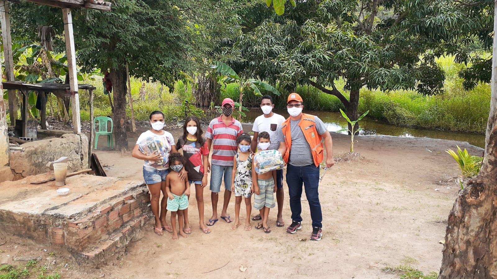 Coronavírus: Prefeitura realiza entrega de cestas básicas e máscaras de proteção na Reserva Indígena