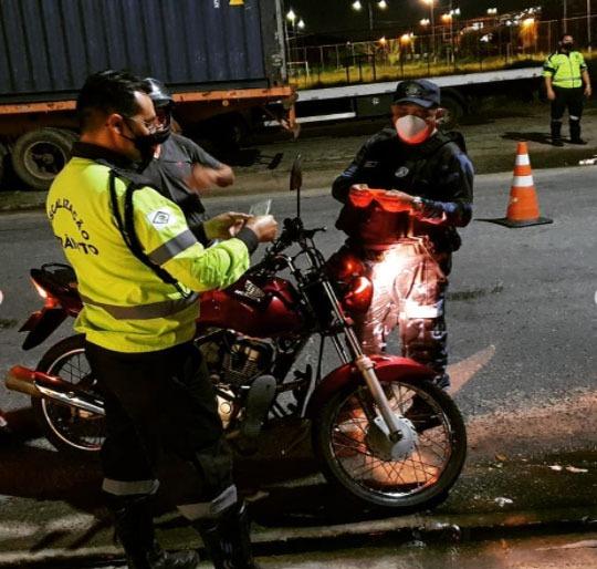 You are currently viewing Demutran, Guarda Municipal e Polícia Militar realizam blitz de trânsito em Maracanaú