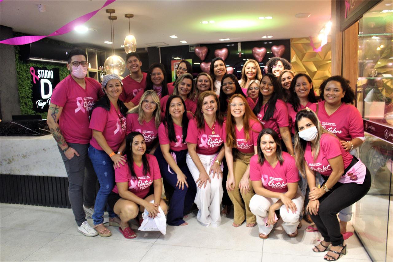 Read more about the article Hospital Municipal realiza ações para população e servidoras em menção ao Outubro Rosa